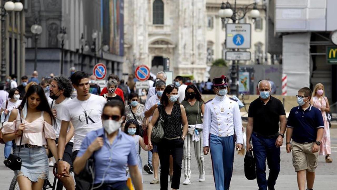 Bir ülke daha maskelere veda etti