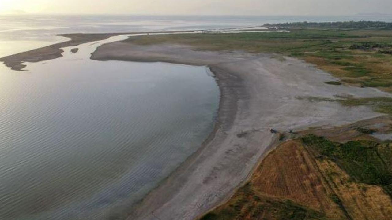 Van Gölü alarm veriyor