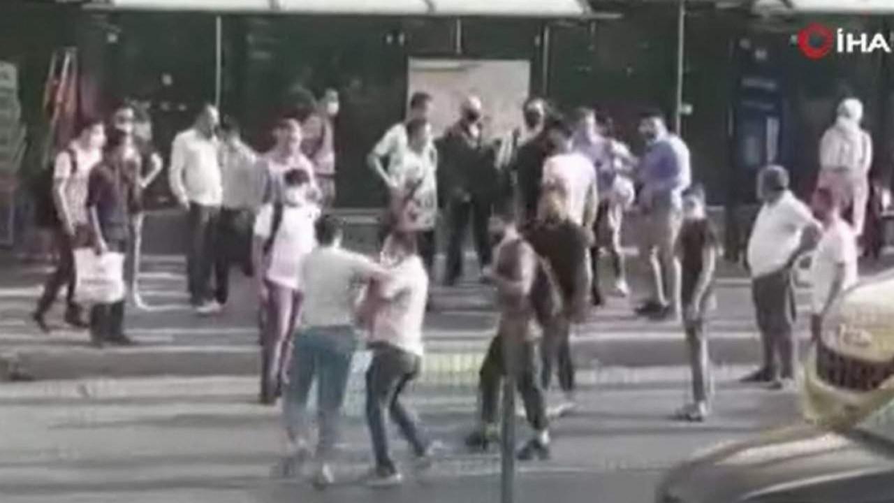 İstanbul'da sürücüler tekme, tokat birbirine girdi