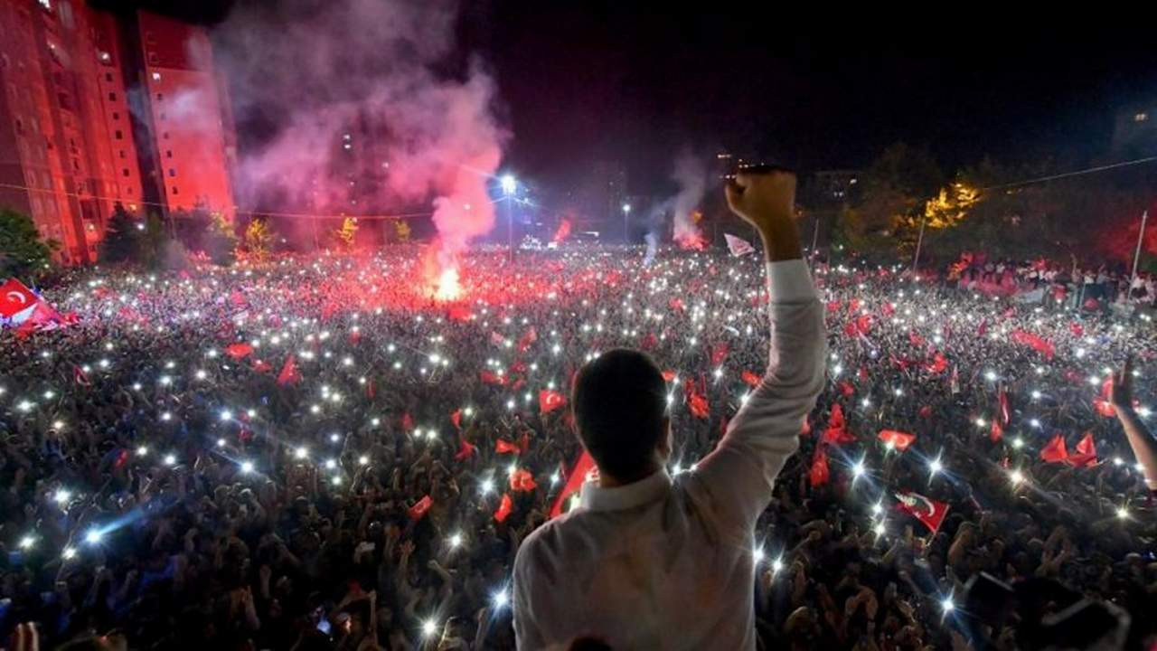 Ekrem İmamoğlu'nun son oy oranı belli oldu