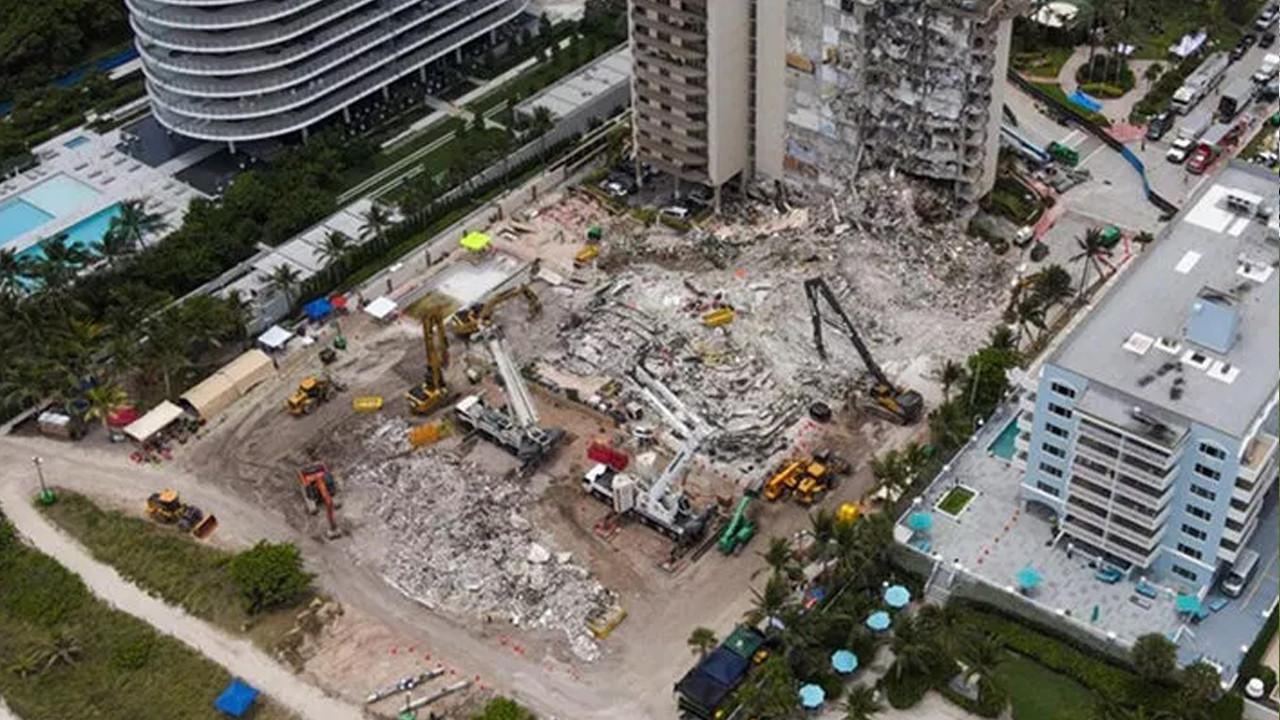 Miami'de çöken binada ölenlerin sayısı 20'ye yükseldi