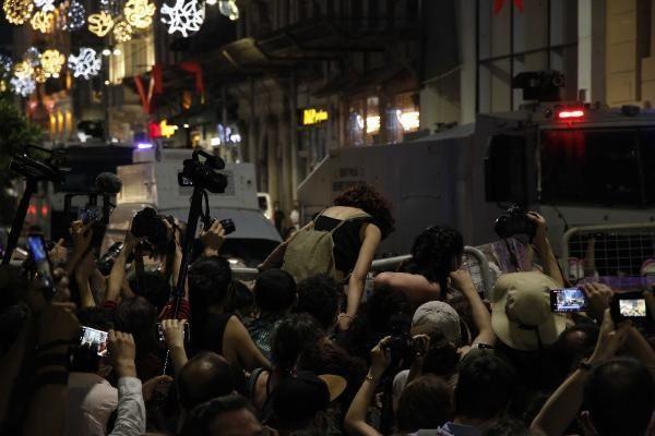 Taksim'de İstanbul Sözleşmesi gerilimi... - Resim: 4