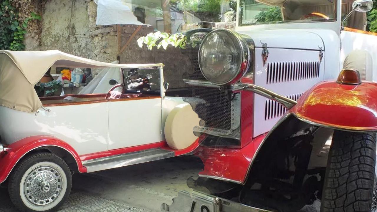 Görenler fotoğraf çekmek için yarışıyor: 92 yaşındaki arabasına gözü gibi bakıyor
