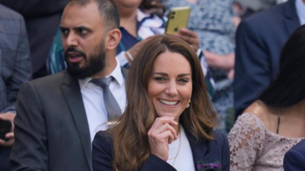 Cambridge Düşesi Kate, 10 gün evden çıkamayacak