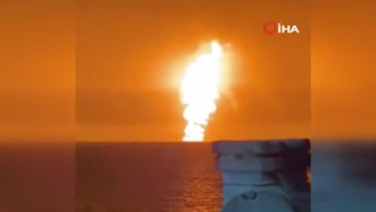 Hazar Denizi'nde büyük patlama! Patlama anı kamerada...