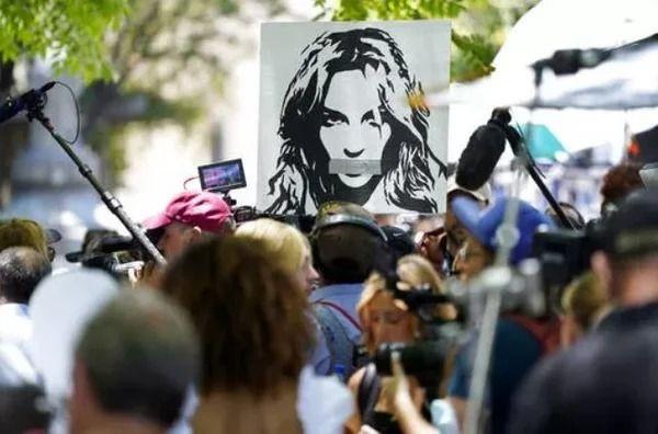 Britney Spears'ın annesi 'baba istismarı' için konuştu - Resim: 2