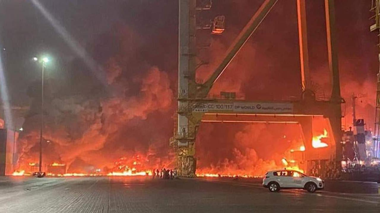 Dubai'de büyük patlama! Görüntüler korkunç