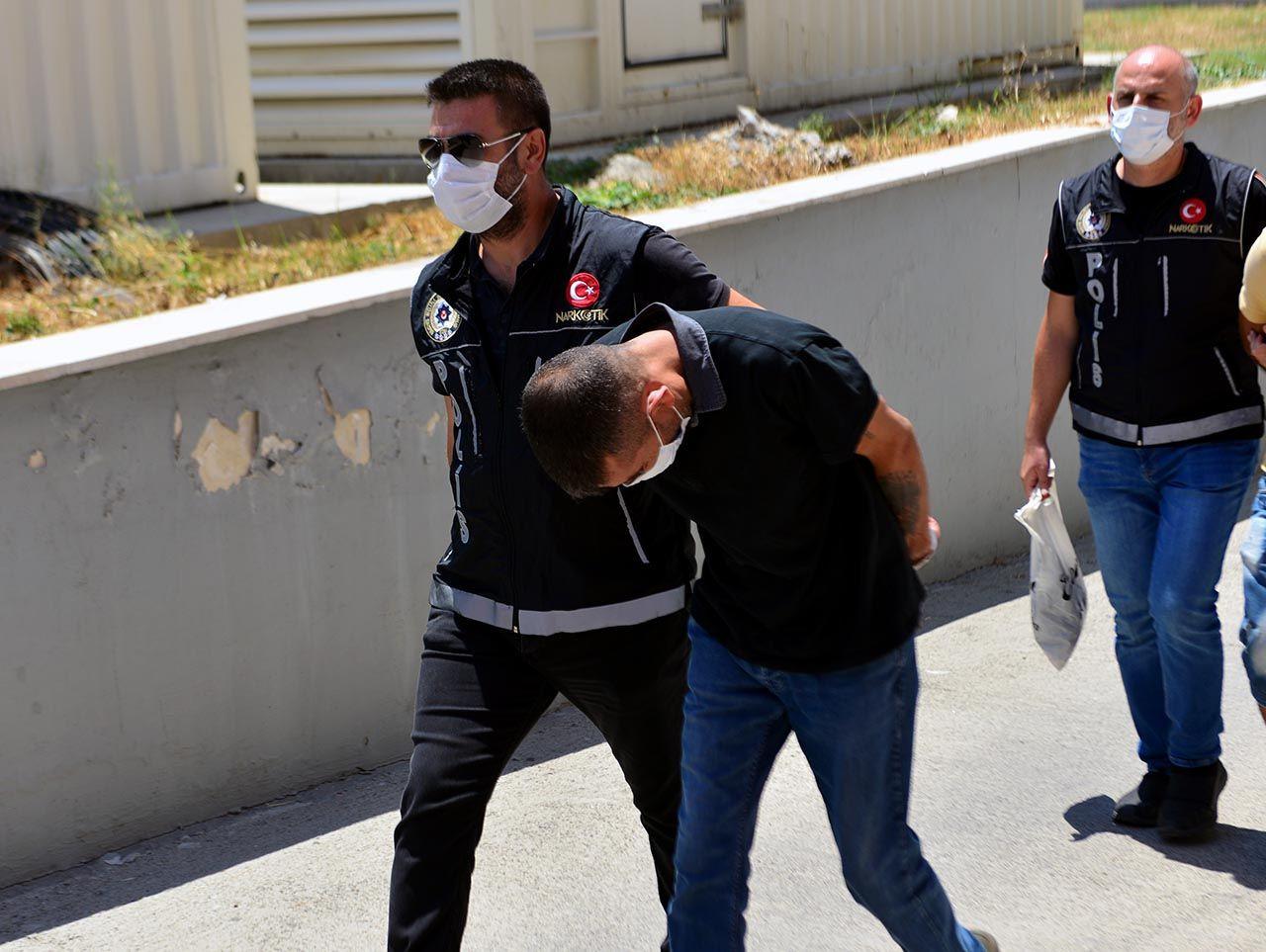 Adana'da uyuşturucu baskını: Sıfır Bir dizisinin oyuncusu gözaltına alındı - Resim: 1