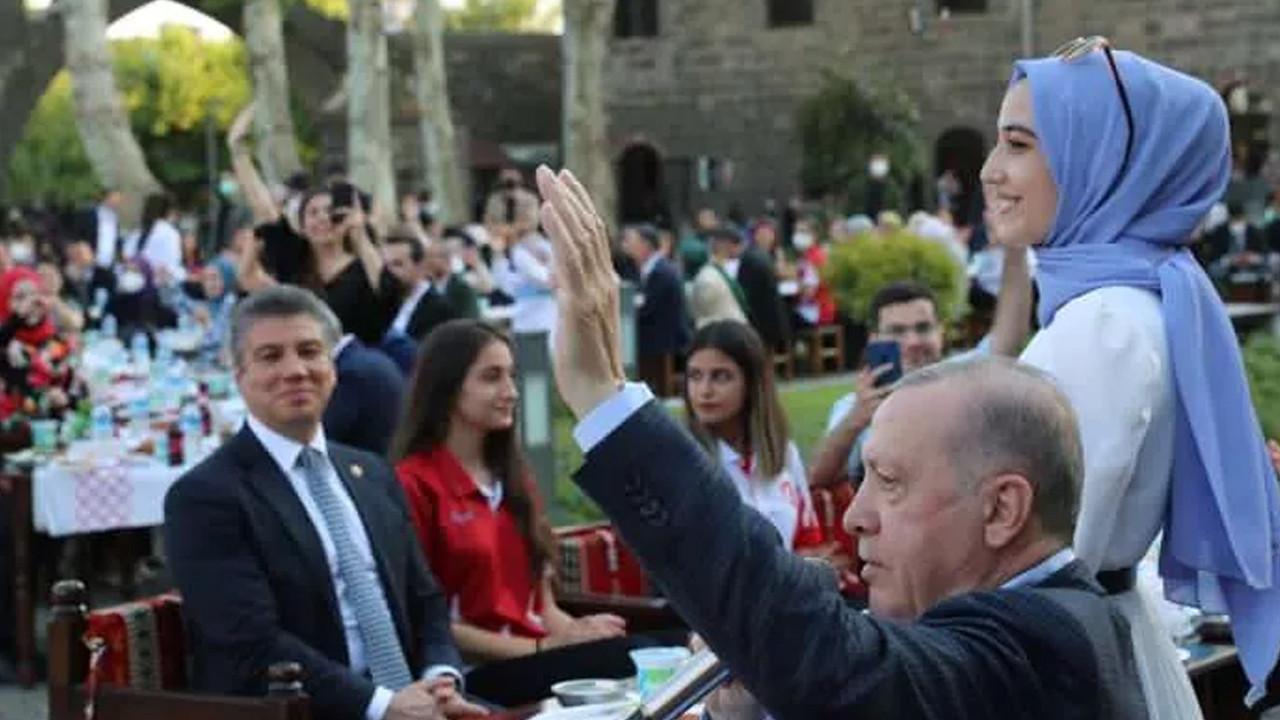 Cumhurbaşkanı Erdoğan'dan 'Gönül Dağı' türküsü