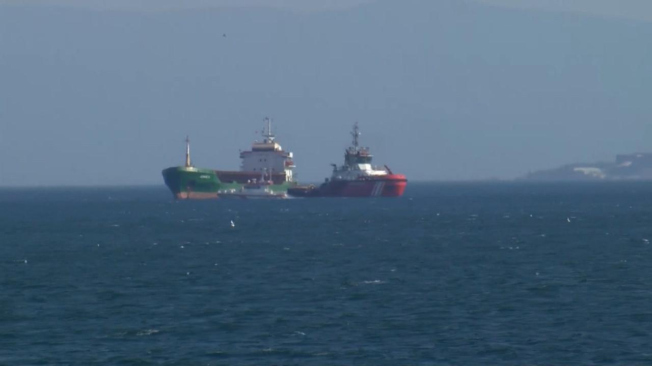 Kadıköy açıklarında gemi arızası