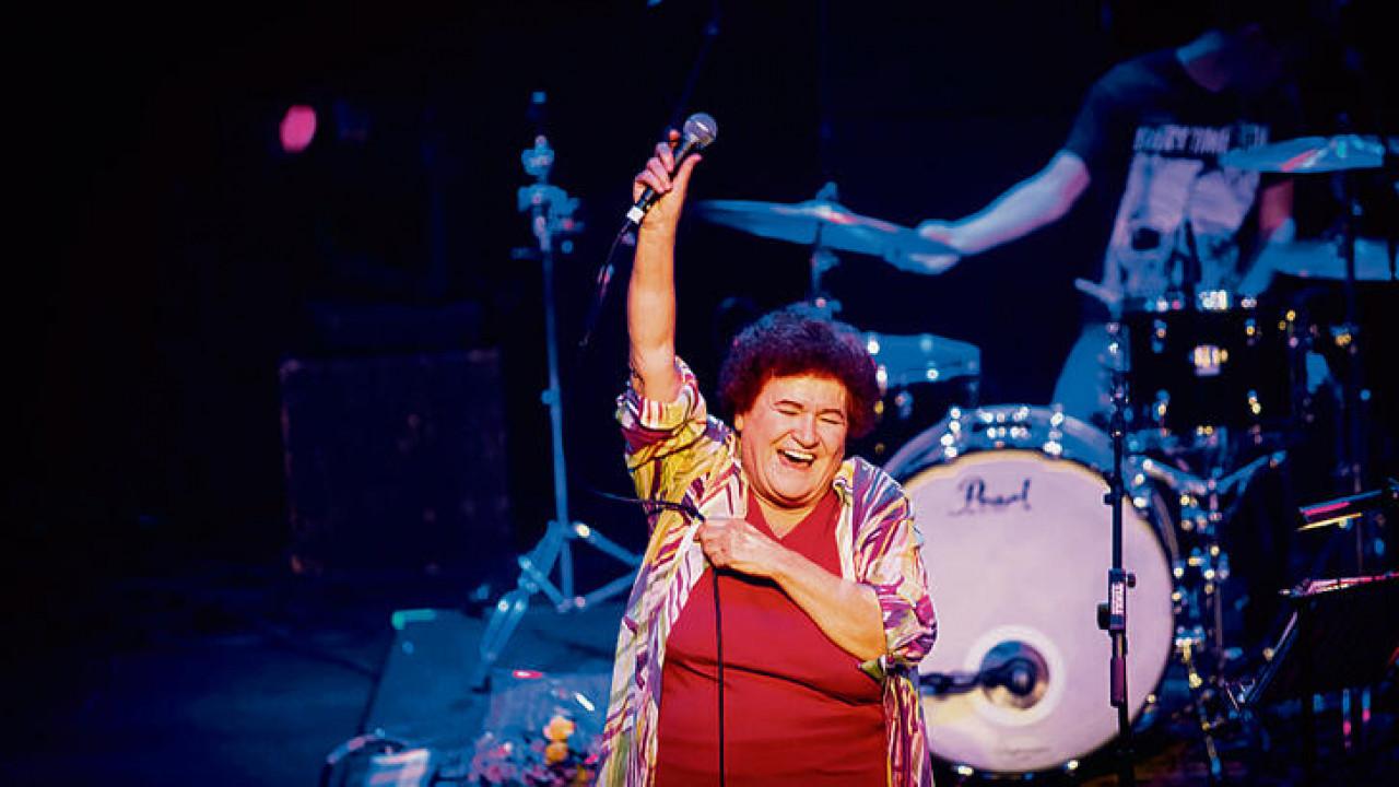 Selda Bağcan'a ünlü şarkısı nedeniyle telif cezası