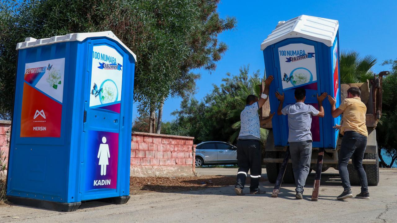 Mersin Büyükeşhir'den sahil şeridine seyyar tuvalet