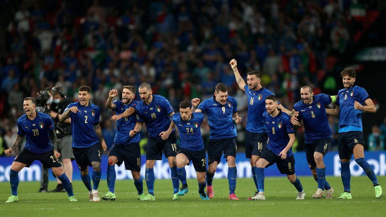 Sosyal medya EURO 2020 kahinini konuşuyor! 8 yıl önceden bildi