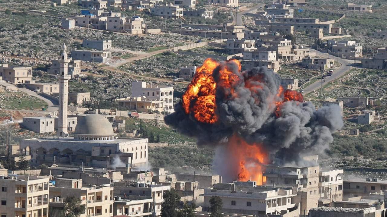 Esad ateşkesi yine bozup bomba yağdırdı