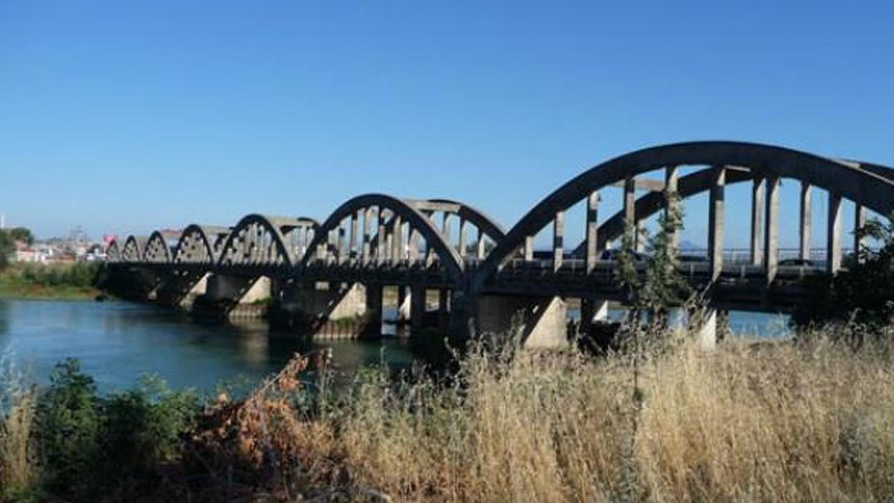 Gelin ve damatlar köprüden geçmek için sıraya giriyor: İşte nedeni