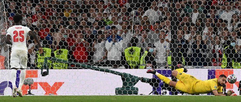 Sosyal medya EURO 2020 kahinini konuşuyor! 8 yıl önceden bildi - Resim: 1