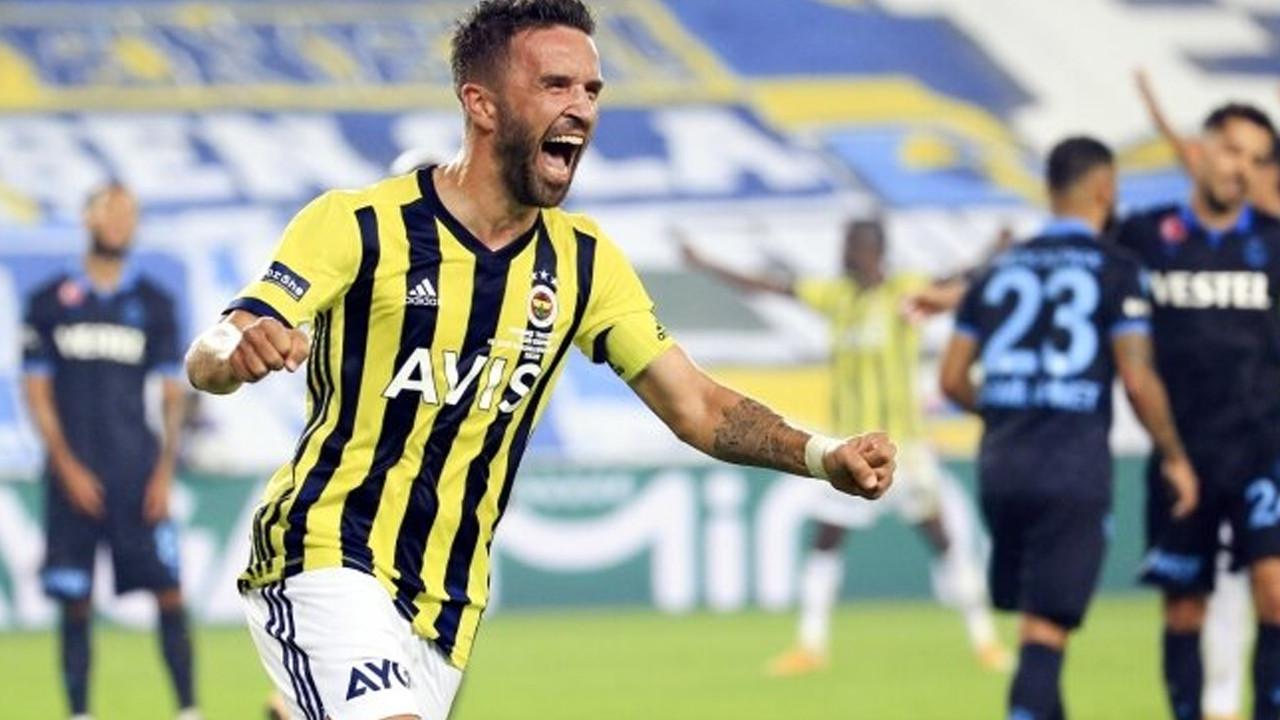 Fenerbahçe'de Gökhan Gönül ile yollar resmen ayrıldı