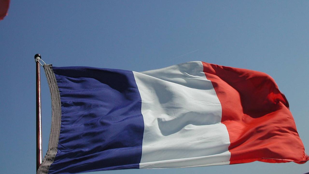 Fransa, Afganistan'daki vatandaşlarına ülkeyi terk edin çağrısı