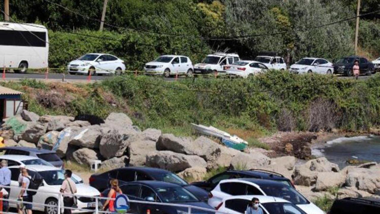 Tatilcilerin trafik çilesi başladı: Kuyruğun ucu bucağı gözükmüyor
