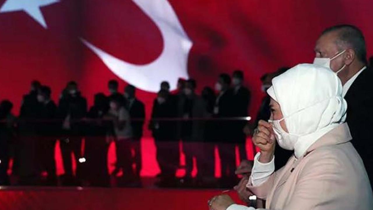 15 Temmuz müzesinde duygu dolu anlar: Erdoğan çifti gözyaşlarını tutamadı