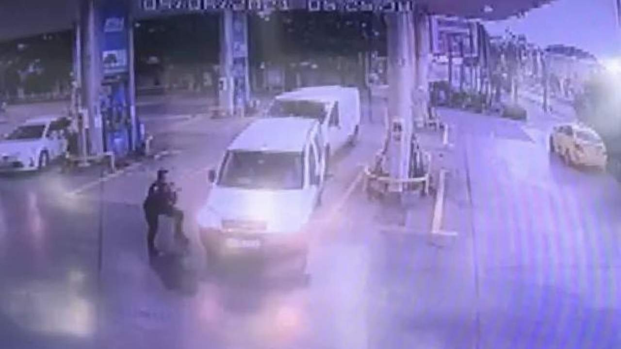 Teksas değil İstanbul! Akaryakıt istasyonunda çatışma anı kamerada