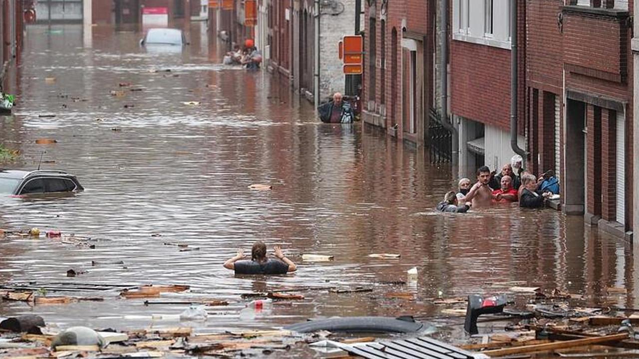 Almanya'da bilanço ağırlaşıyor: Ölü sayısı 81'e yükseldi