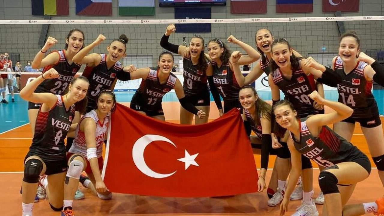 Bravo kızlar! Türkiye'yi yarı finale taşıdılar