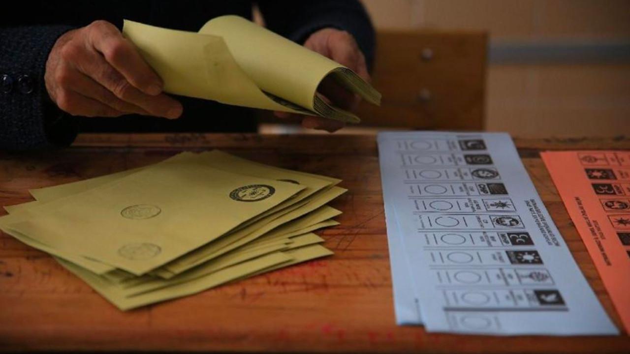 ''Anketi paylaşayım da biraz gülün'' deyip açıkladı: AK Parti ile MHP'nin oyu %51
