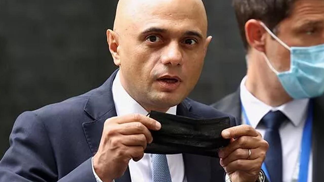 İngiltere Sağlık Bakanı koronavirüse yakalandı