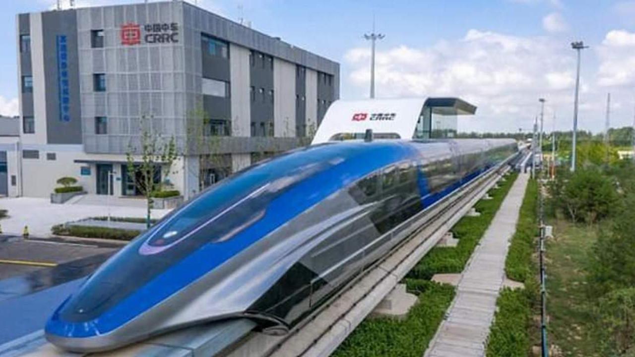 600 km hıza ulaşan hızlı tren ürettiler