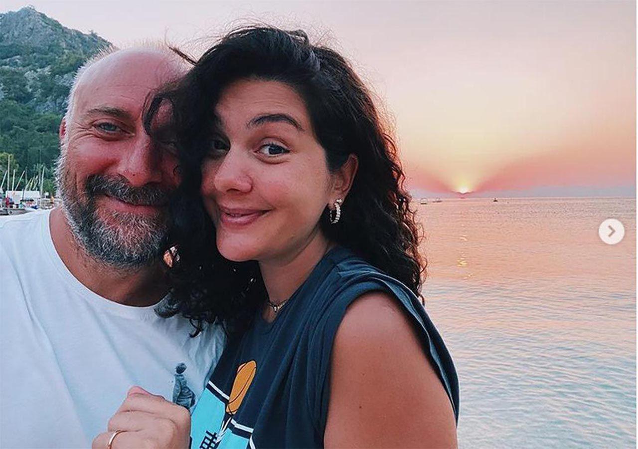 3'üncü kez hamile kalan Bergüzar Korel ve eşi Halit Ergenç'ten tatil pozları - Resim: 2
