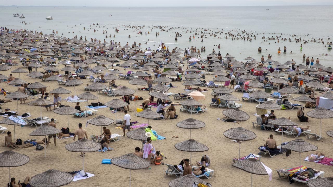 İstanbul plajları İstanbullulara kaldı - Resim: 2