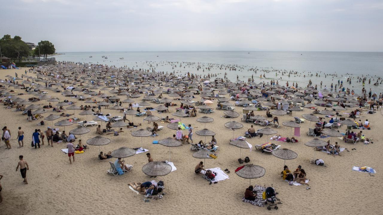 İstanbul plajları İstanbullulara kaldı - Resim: 1