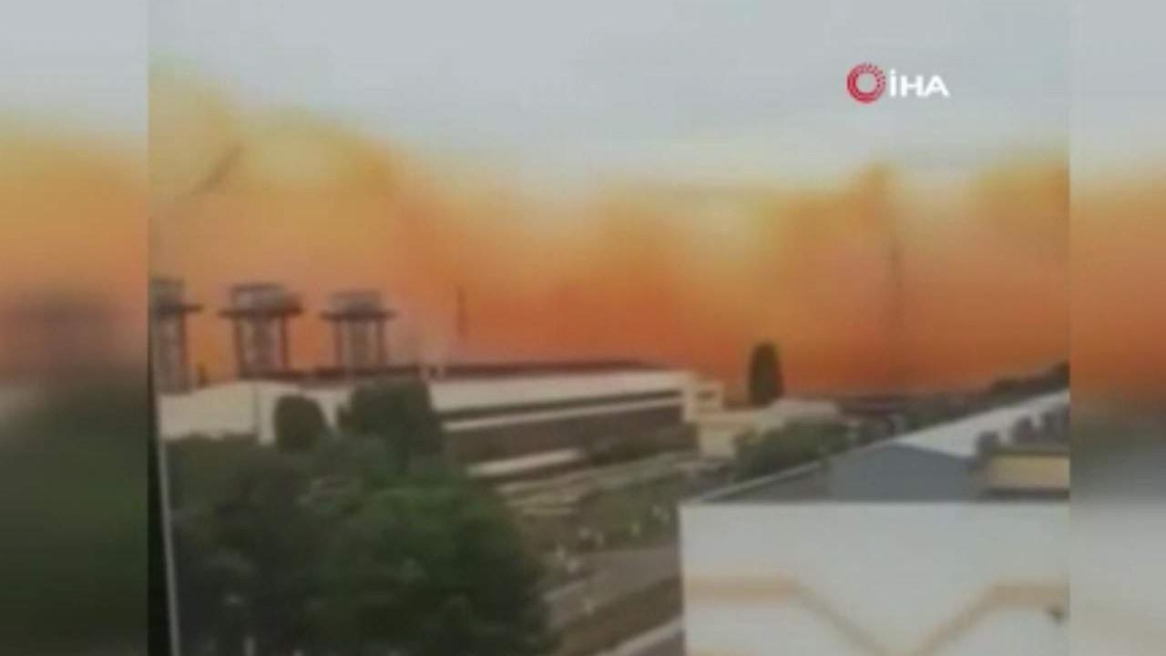Fabrikada patlama! Gökyüzü turuncu dumanla kaplandı