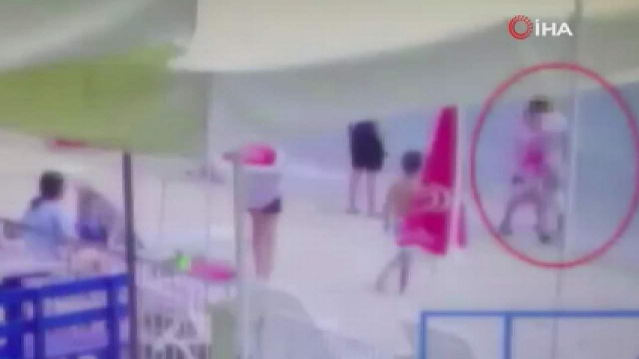 Plajın ''jet hırısızı'' önce kameraya sonra polise yakalandı