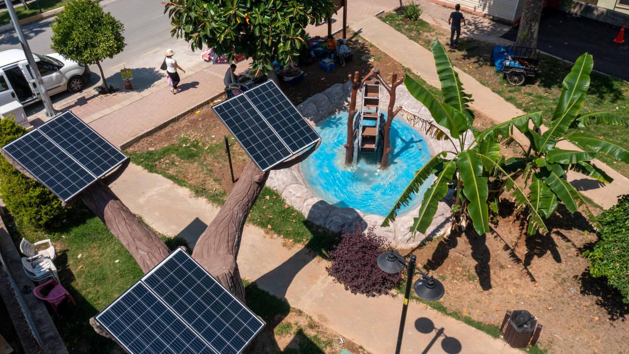 Muratpaşa'nın parkları elektrik üretiyor