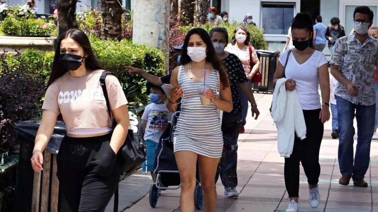 Bilim Kurulu üyesinden 4. dalga uyarısı: 'Aşısızlar pandemisi' kapıda
