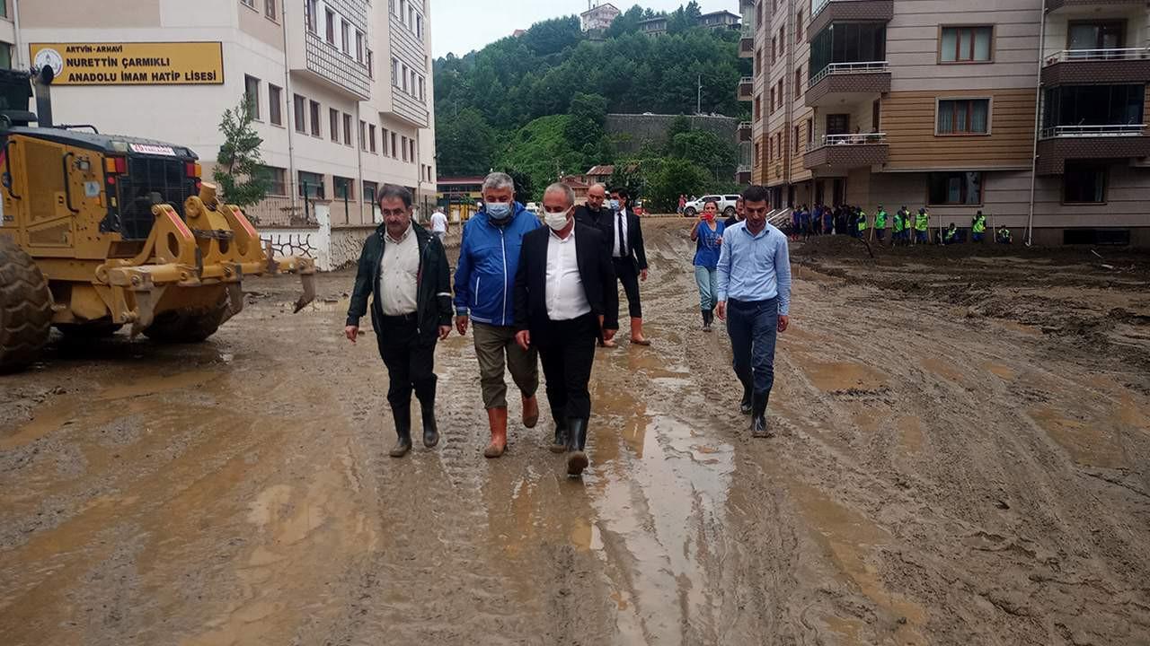 İBB'den sel bölgesine yardım eli