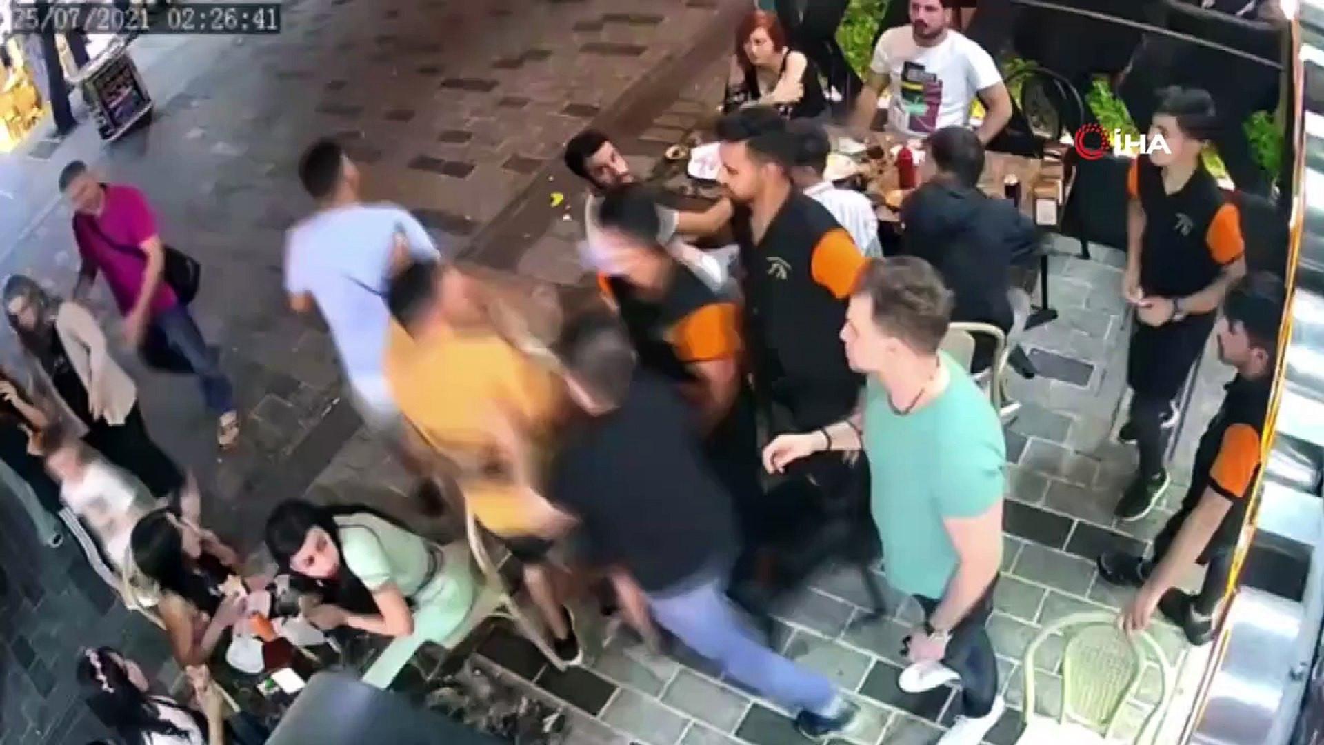 Taksim'de meydan dayağı kamerada