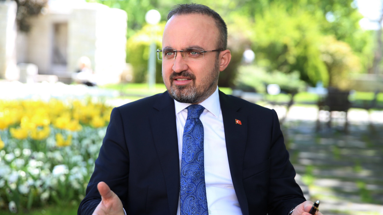 AK Partili Turan: ''Sağcı da biziz, solcu da biziz''