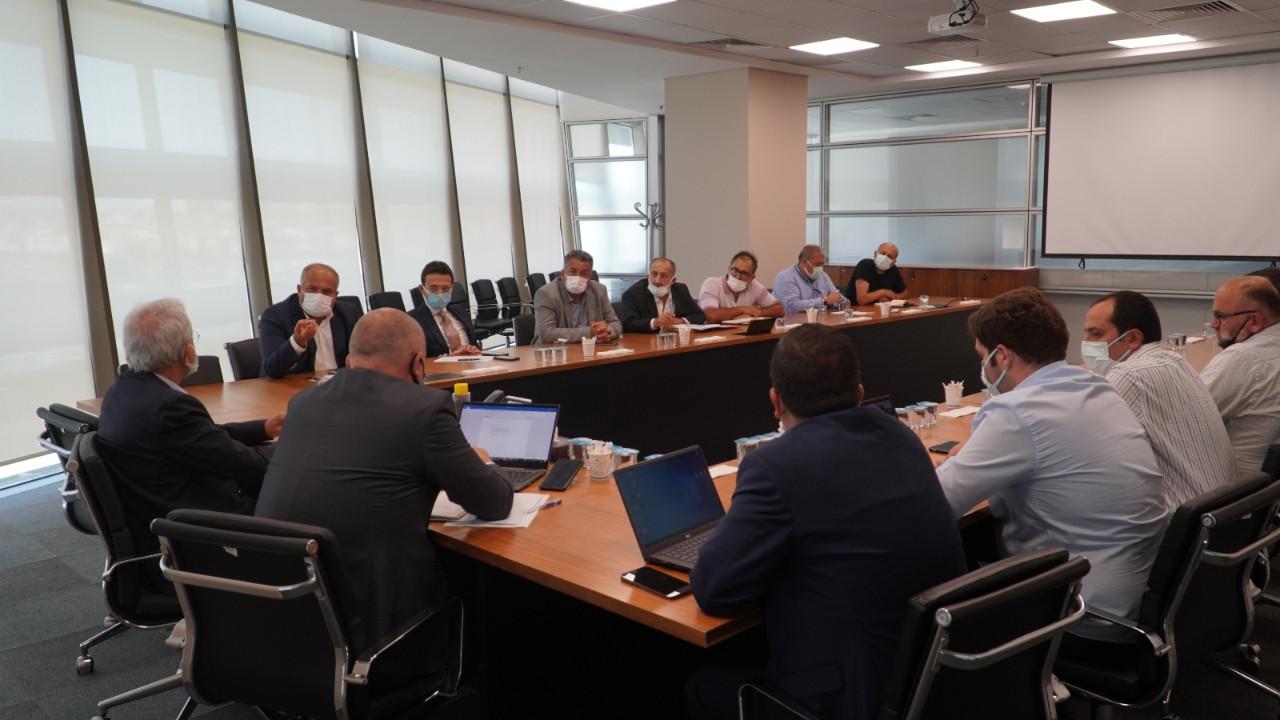 İBB, havalimanı taksicilerinin geçici çalışma belgelerini tekrar aktif etti