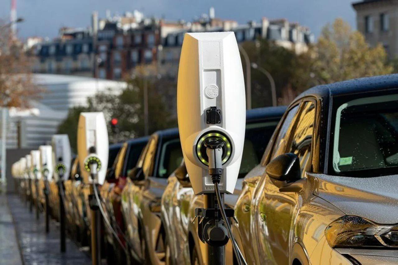 Otomotivde elektrik devrimi: Devler birbiriyle yarışıyor - Resim: 1