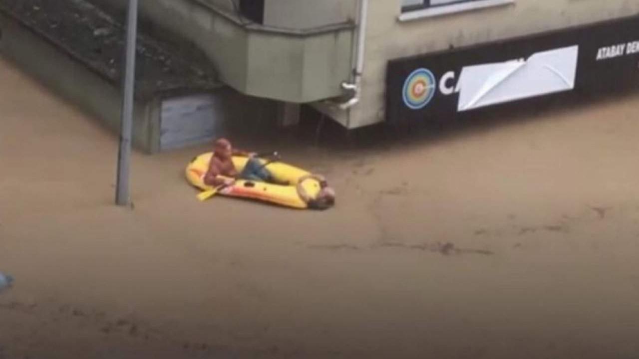 Artvin'deki sel felaketinden inanılmaz kurtuluş kamerada