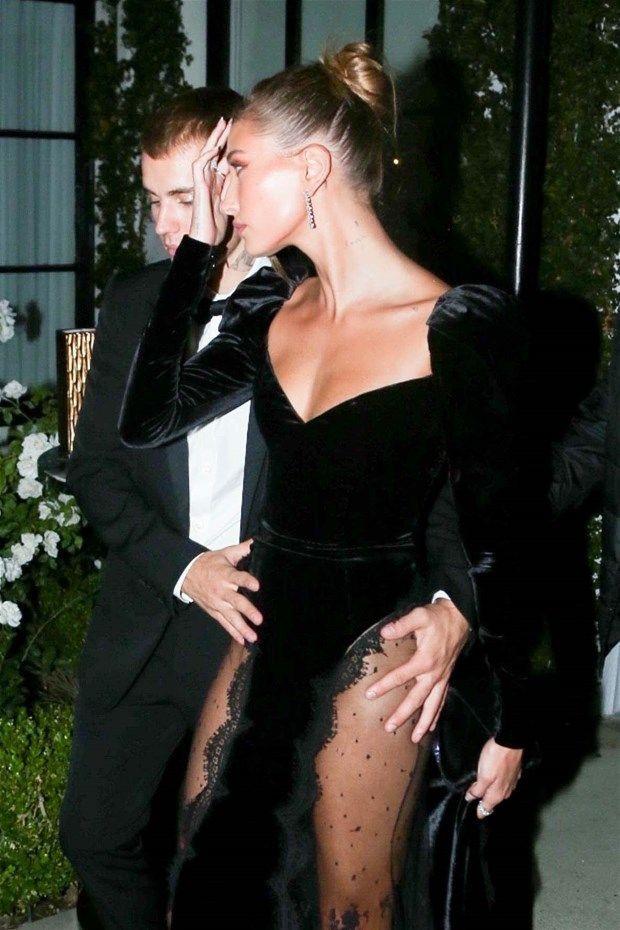 Justin Bieber eşi Hailey Baldwin'in transparan kıyafetine böyle önlem aldı - Resim: 4