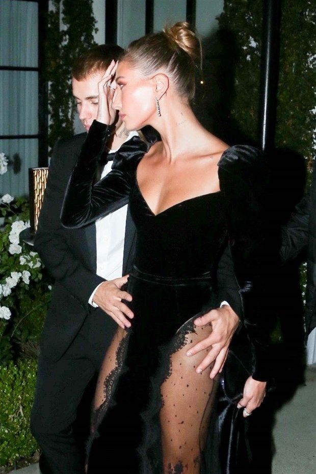 Justin Bieber eşi Hailey Baldwin'in transparan kıyafetine böyle önlem aldı - Resim: 1