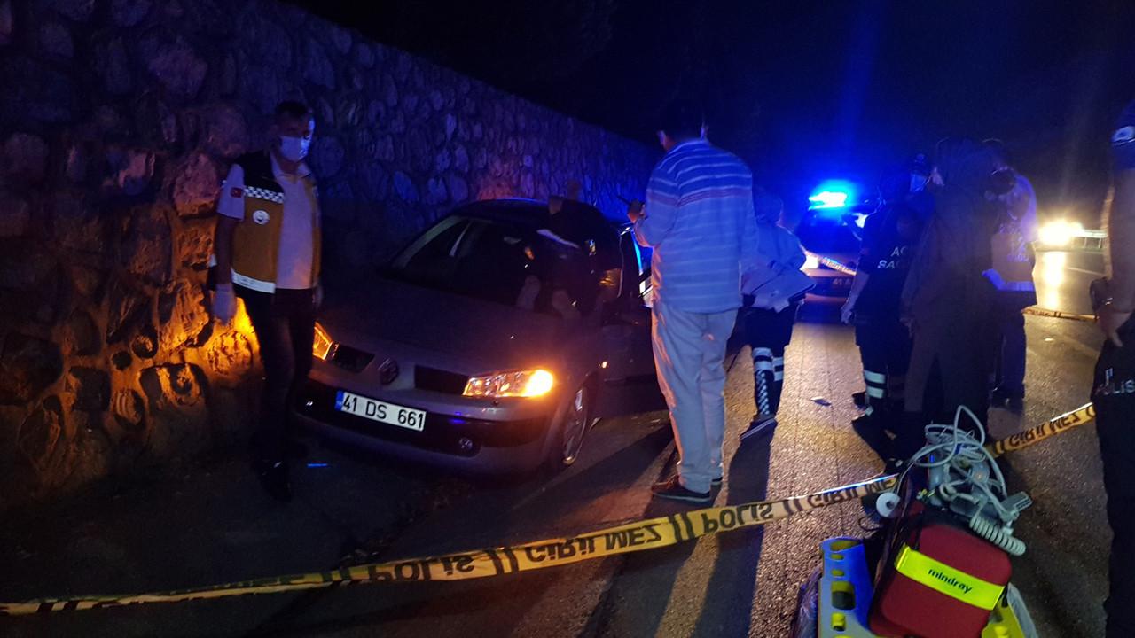 Seyir halindeki otomobile silahlı saldırı: 1 ölü