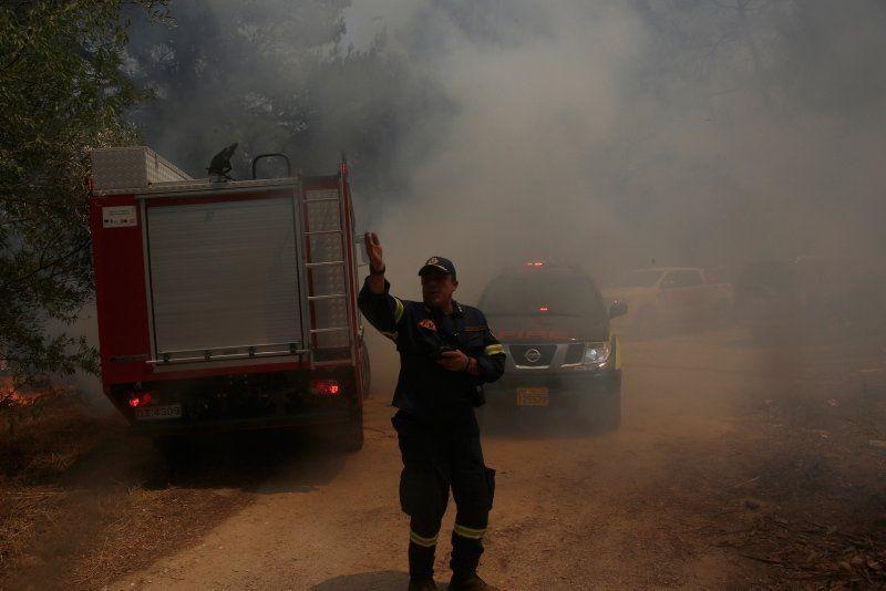 Yunanistan kabusu yaşıyor! Evler boşaltıldı, yollar trafiğe kapatıldı - Resim: 3