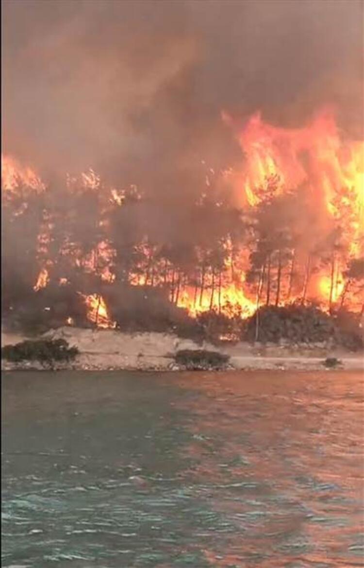 Bodrum'da korku dolu anlar! Alevler otellere sıçradı - Resim: 2