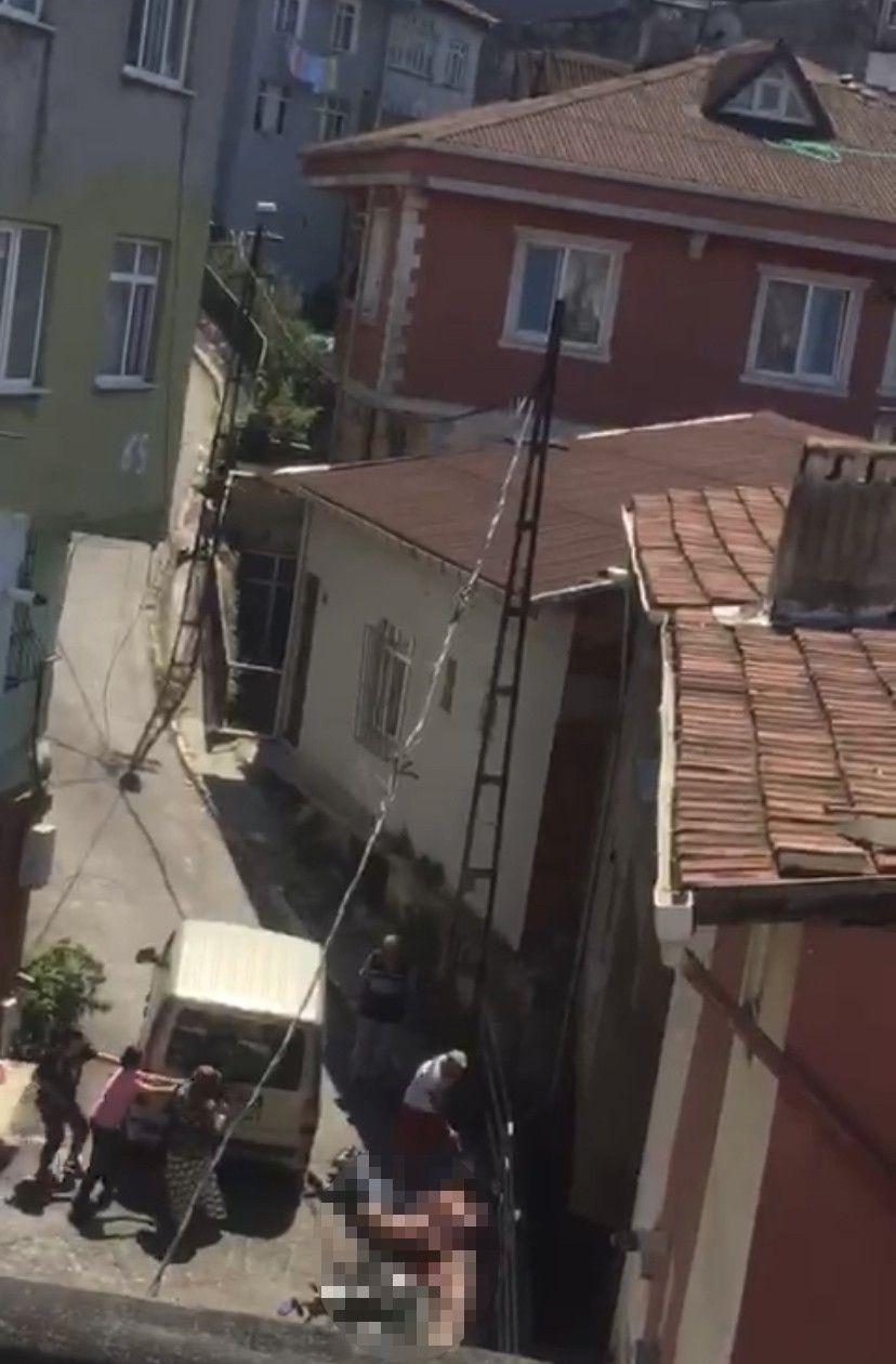İstanbul'da 4 kişinin öldürüldüğü kavganın görüntüleri dehşete düşürdü - Resim: 4