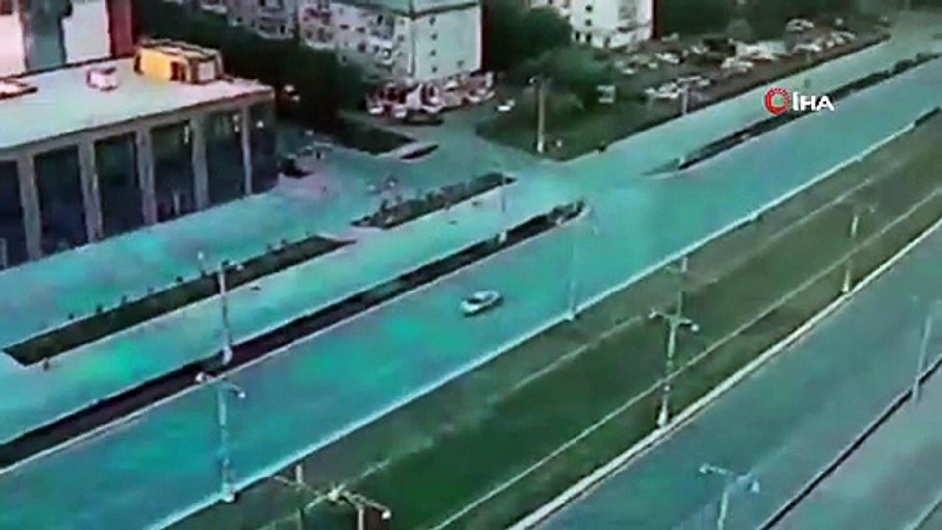 Otoyolda ölümcül yarış! Otomobil alev topuna döndü